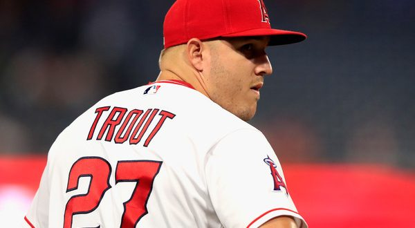 Mike Trout agrees to astounding $430 Million contract with Angels
